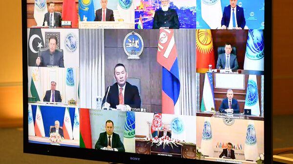 Участники заседания Совета глав государств - членов ШОС в режиме видеоконференции