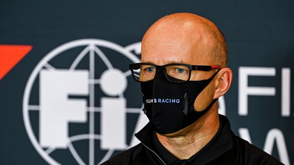 This handout photo taken and released on October 30, 2020 by the International Automobile Federation (FIA) shows Williams' Acting Team Principal Simon Roberts attending a press conference at the Autodromo Internazionale Enzo e Dino Ferrari race track in Imola, Italy, two days ahead of the Formula One Emilia Romagna Grand Prix. (Photo by Mark Sutton / FIA / AFP) / RESTRICTED TO EDITORIAL USE - MANDATORY CREDIT AFP PHOTO / MARK SUTTON / FIA - NO MARKETING - NO ADVERTISING CAMPAIGNS - DISTRIBUTED AS A SERVICE TO CLIENTS
