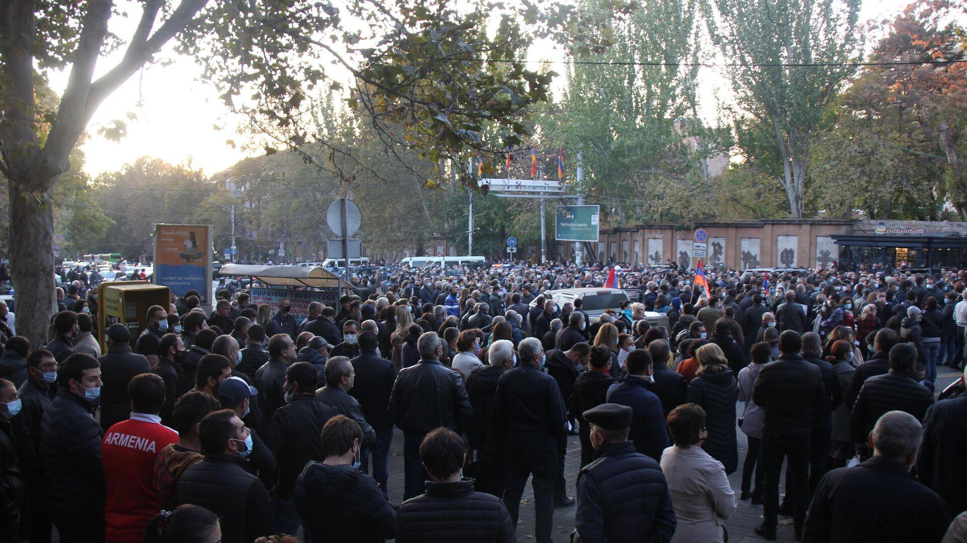 Антиправительственные митинги в Ереване - РИА Новости, 1920, 26.11.2020