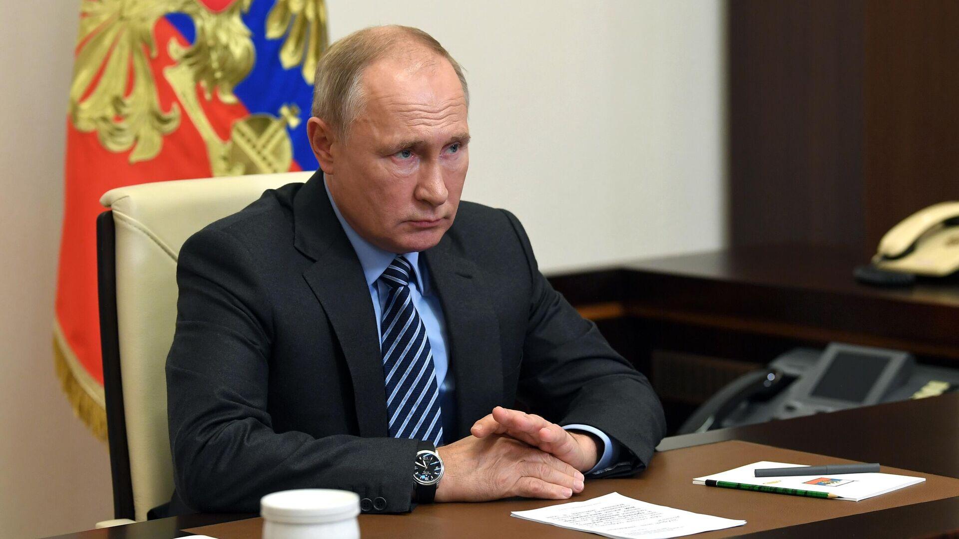 Путин напомнил о необходимости решать системные задачи