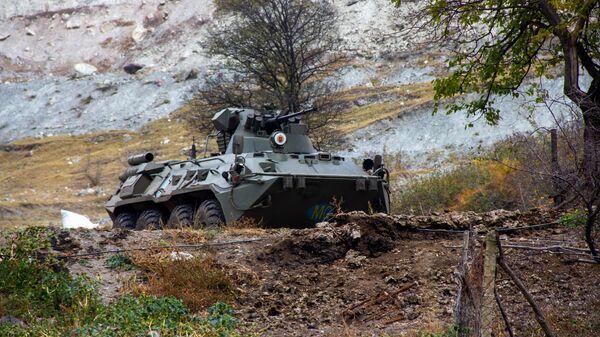 Российские миротворцы выставили наблюдательный пост у монастыря Дадиванк в Карабахе