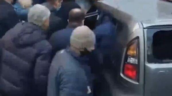 Кадры ДТП с внедорожником, въехавшим в толпу под Калининградом