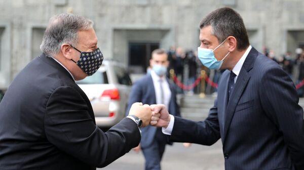 Госсекретарь США Майк Помпео и премьер-министр Грузии Георгий Гахария во время встречи в Тбилиси