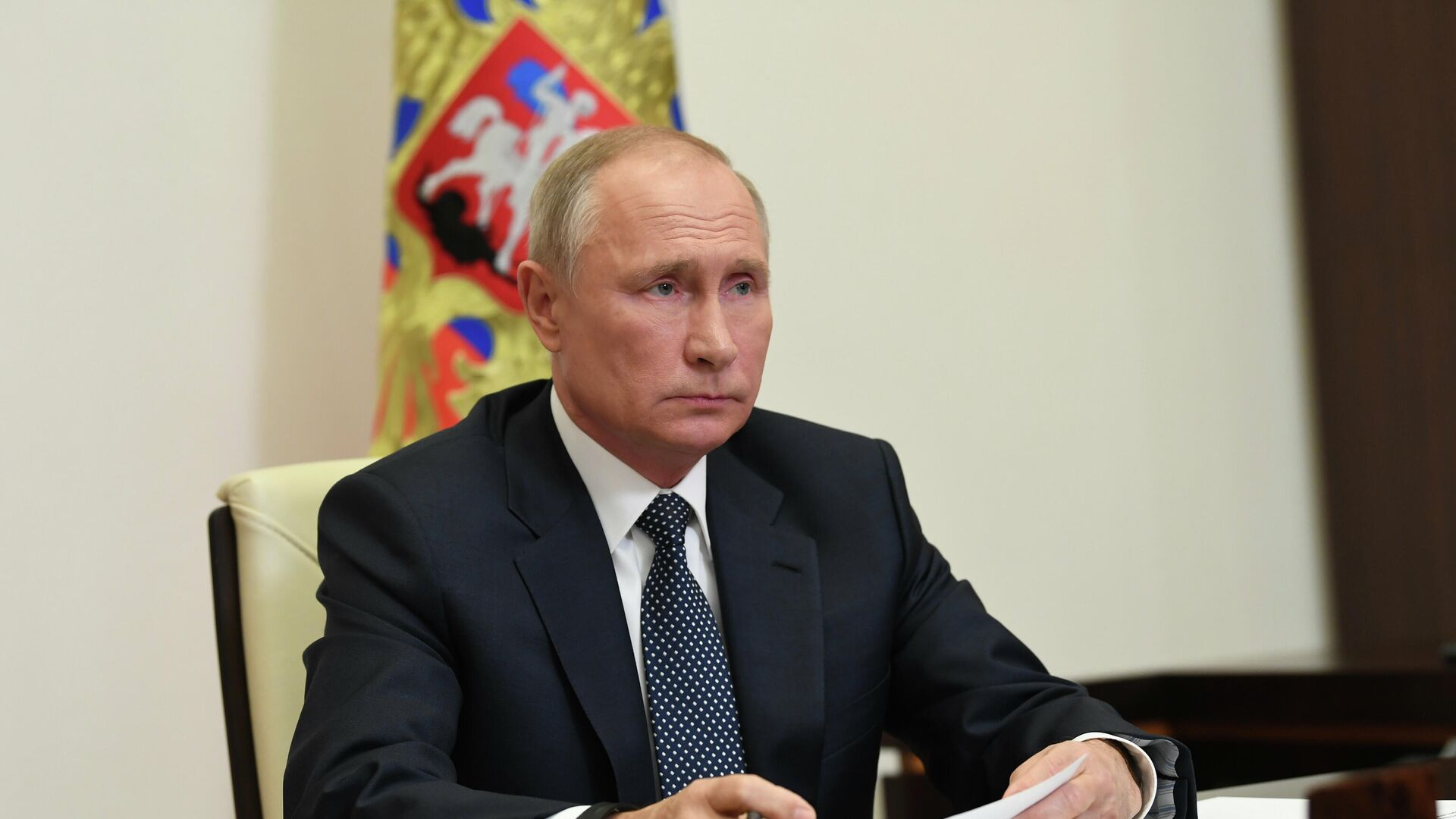 Президент РФ Владимир Путин проводит в режиме видеоконференции совещание по решению гуманитарных вопросов в районе Нагорного Карабаха - РИА Новости, 1920, 20.11.2020