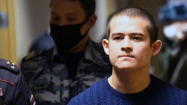 Солдат-срочник Рамиль Шамсутдинов перед заседанием 2-го Восточного окружного военного суда в Чите