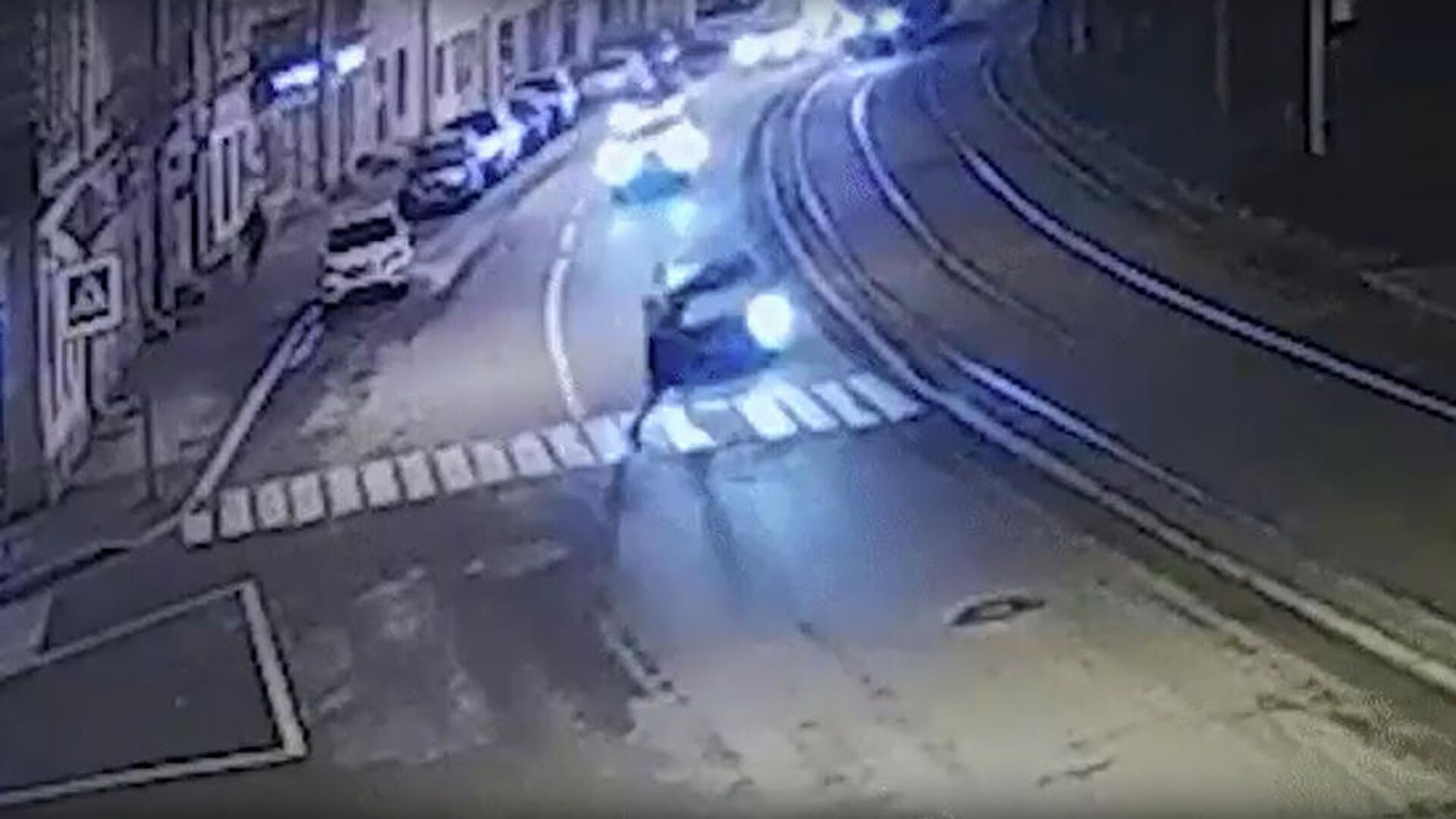 Кадр видео наезда на пешехода в Санкт-Петербурге - РИА Новости, 1920, 01.01.2021