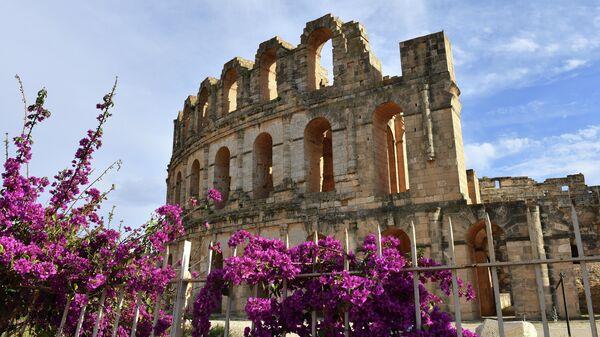 Амфитеатр в городе Эль-Джем в Тунисе