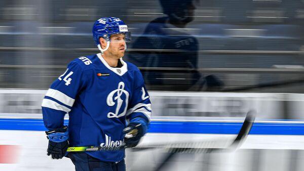 Игрок ХК Динамо Оскар Линдберг