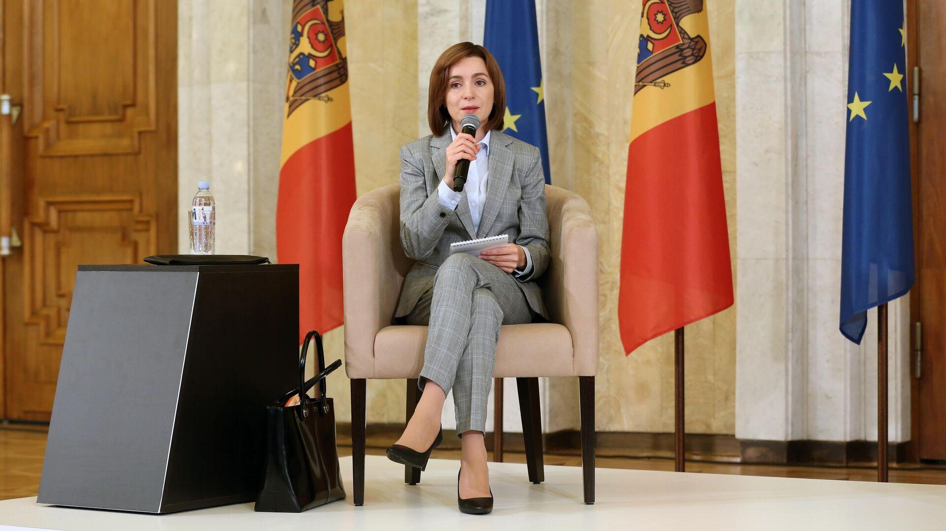 Избранный президент Молдавии Майя Санду на пресс-конференции в Кишиневе - РИА Новости, 1920, 30.11.2020