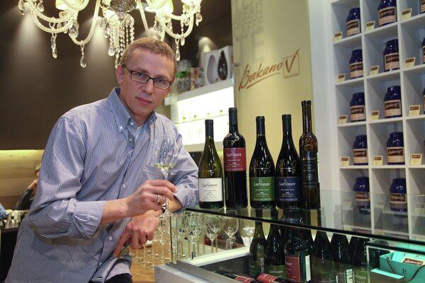 Игорь Ларионов представил коллекцию именных вин