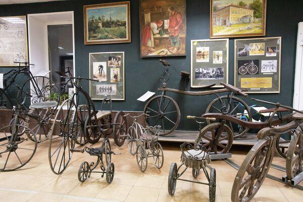 Арсенал Необычных Велосипедов Самокат в Угличе