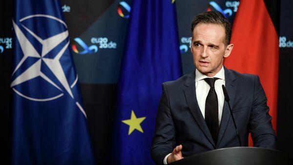Министр иностранных дел ФРГ Хайко Маас выступает на онлайн встрече министров ЕС-АСЕАН