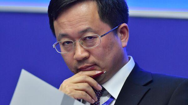 Генеральный управляющий China Chengtong International Investment Ltd. Чжоу Лицюн