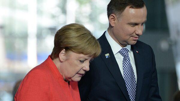 Президент Польши Анджей Дуда и федеральный канцлер ФРГ Ангела Меркель