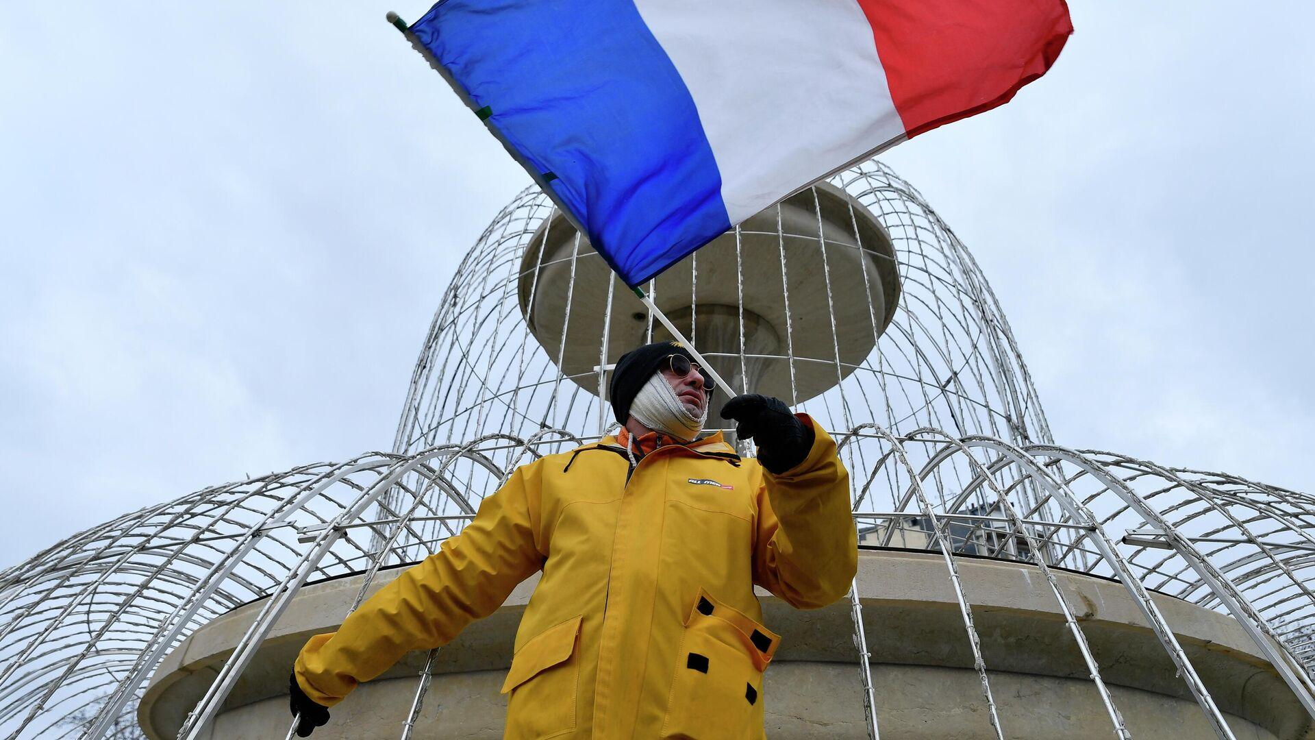 Акция протеста жёлтых жилетов во Франции - РИА Новости, 1920, 13.12.2020