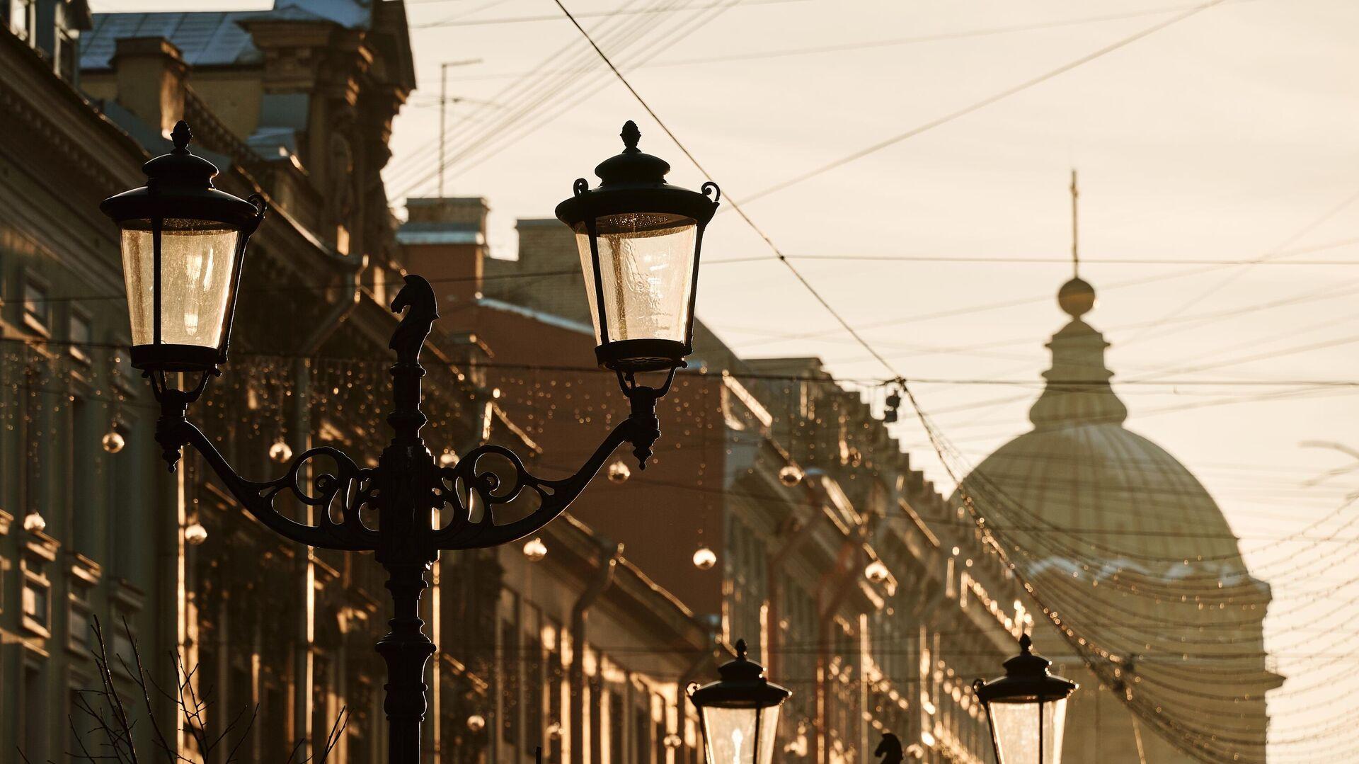 Солнечный день в Санкт-Петербурге - РИА Новости, 1920, 01.08.2021