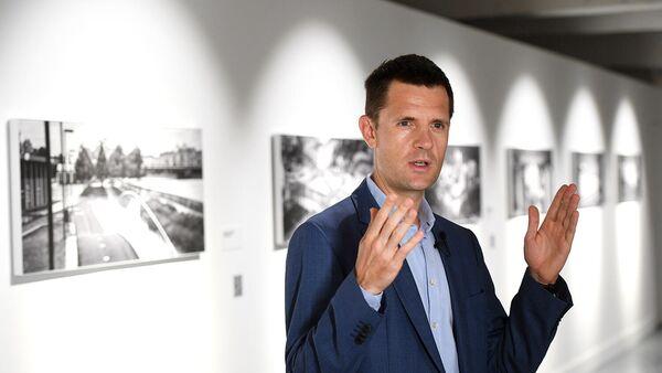 Картины Сергея Кузнецова принесли фонду Здесь и сейчас 4 млн рублей