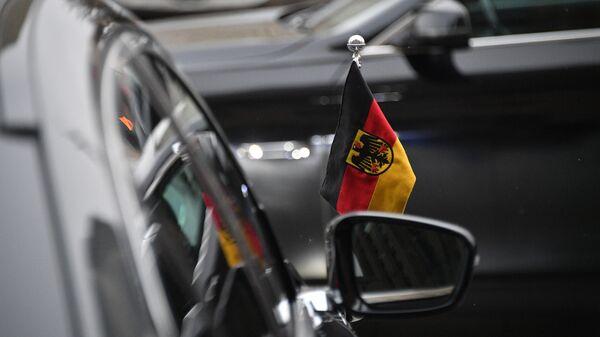 Автомобиль посольства Германии в России у здания МИД РФ