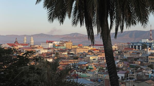 Вид на город Сантьяго-де-Куба со смотровой площадки