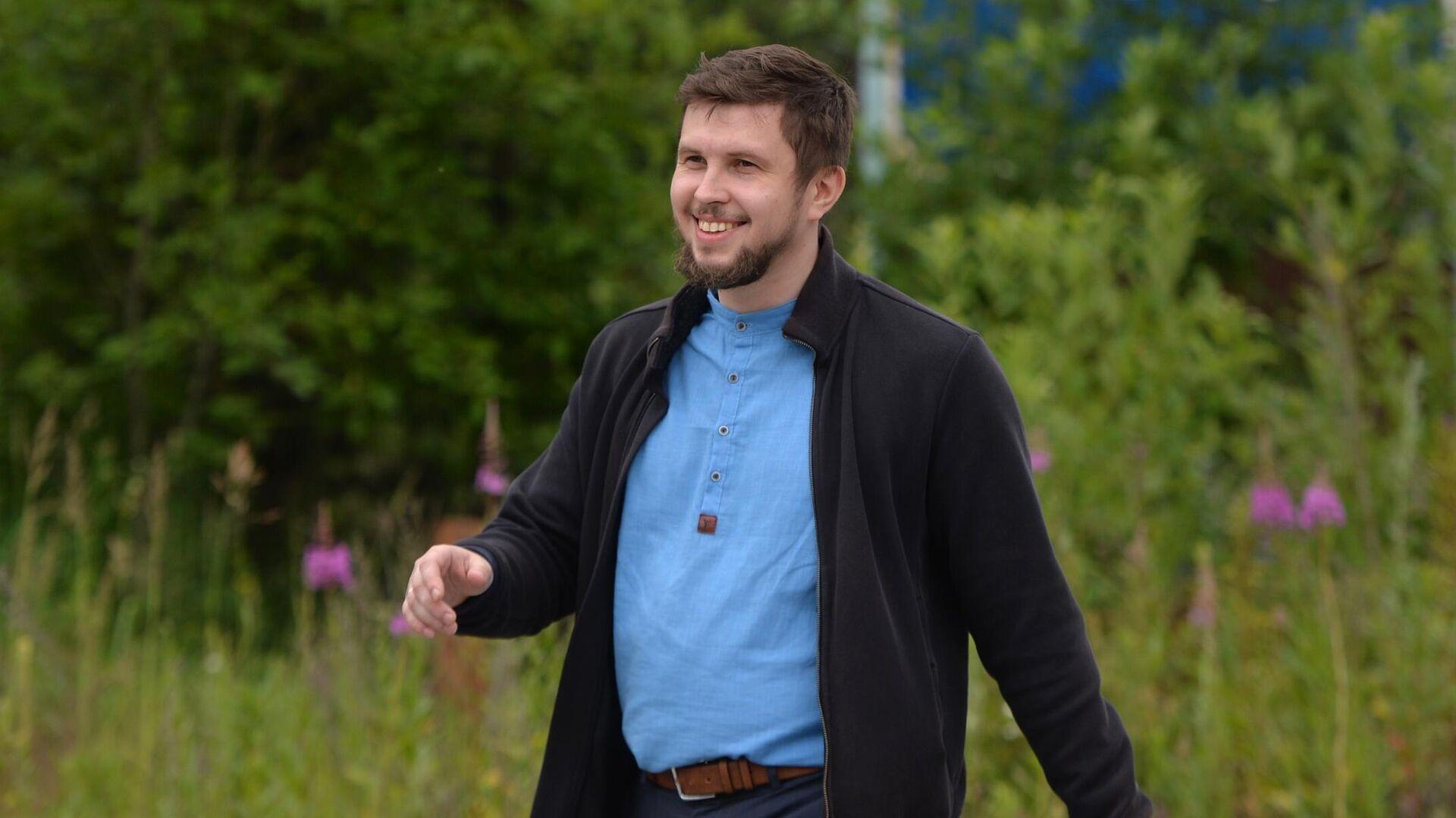 Помощника экс-схиигумена Сергия задержали за экстремизм