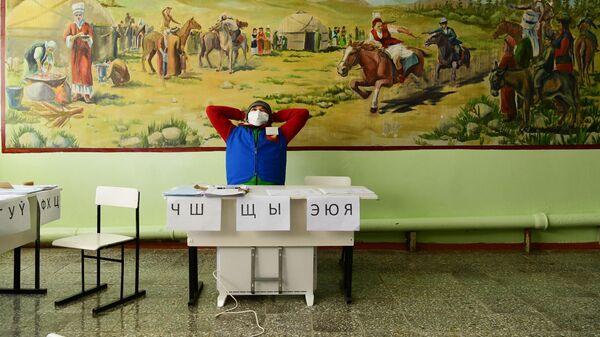 ЦИК Киргизии получила 25 сообщений о нарушениях на референдуме