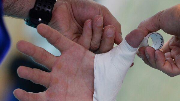 Перевязка травмированного пальца