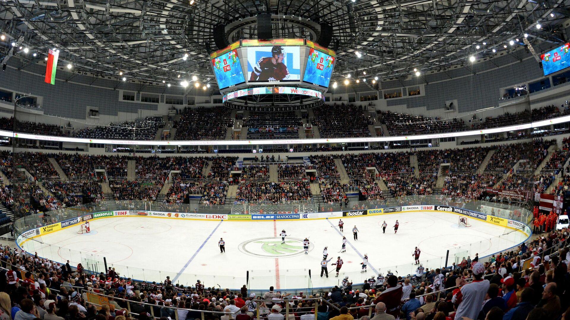 Игроки сборных Латвии и США в матче группового раунда Чемпионата мира по хоккею в Минске - РИА Новости, 1920, 18.01.2021