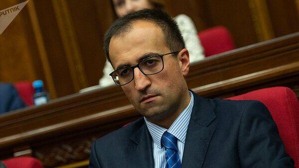 Министр здравоохранения Армении Арсен Торосян