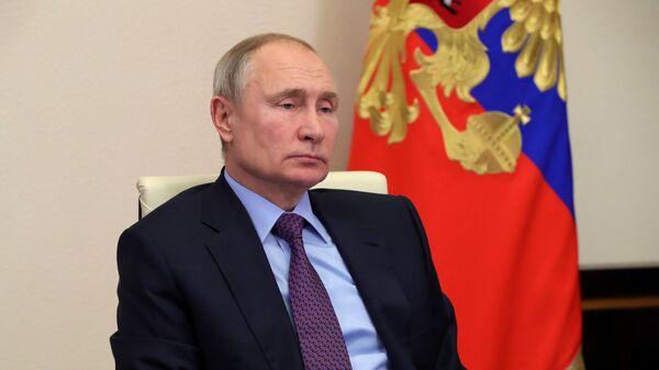Президент РФ Владимир Путин проводит в режиме видеоконференции совещание по вопросу реализации интеграционных проектов на пространстве ЕАЭС