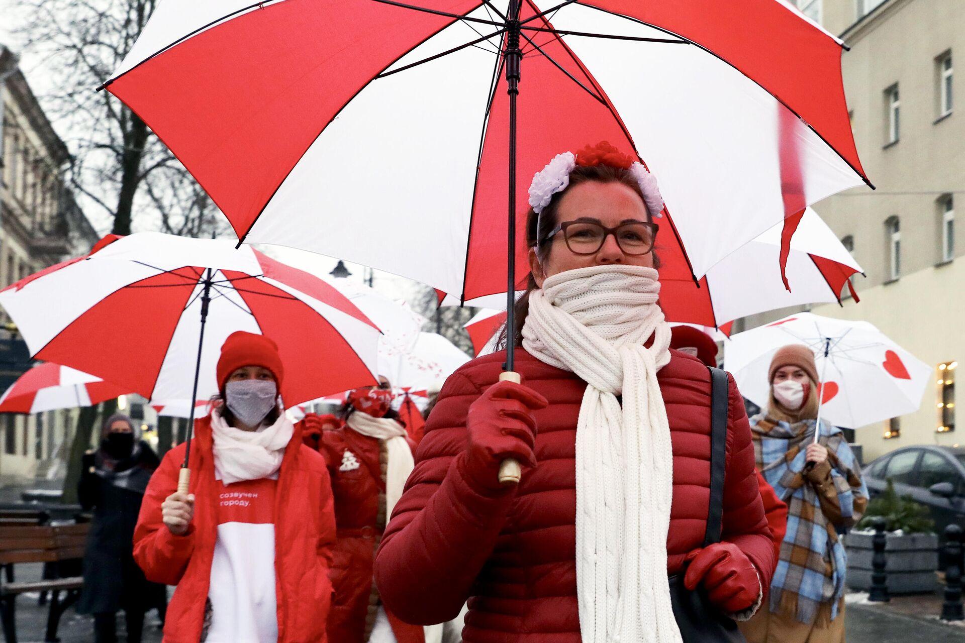 Участницы акции протеста в Минске - РИА Новости, 1920, 20.01.2021