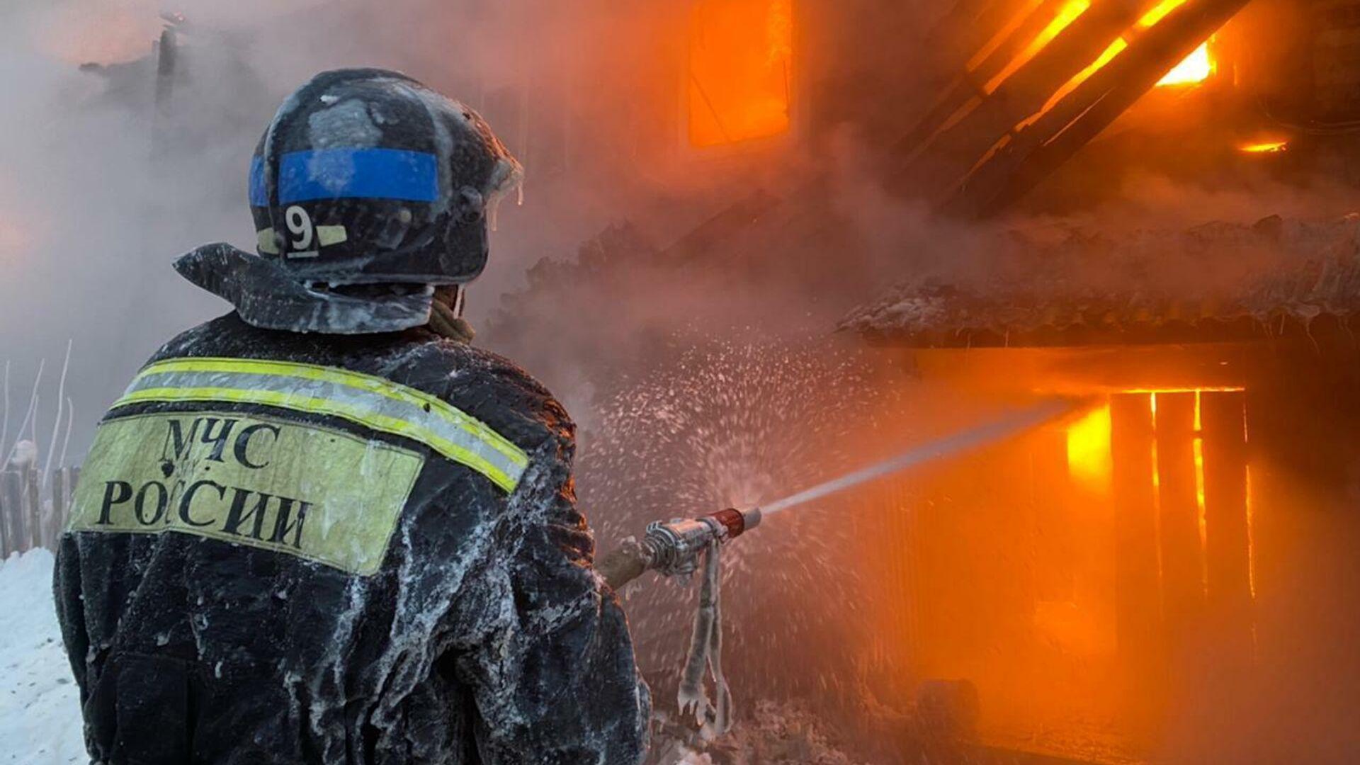 Под Красноярском один человек погиб при пожаре в жилом доме