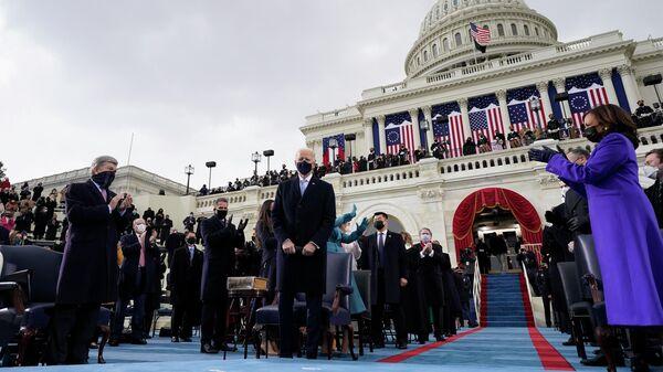 Президент США Джо Байден во время церемонии инаугурации в Вашингтоне