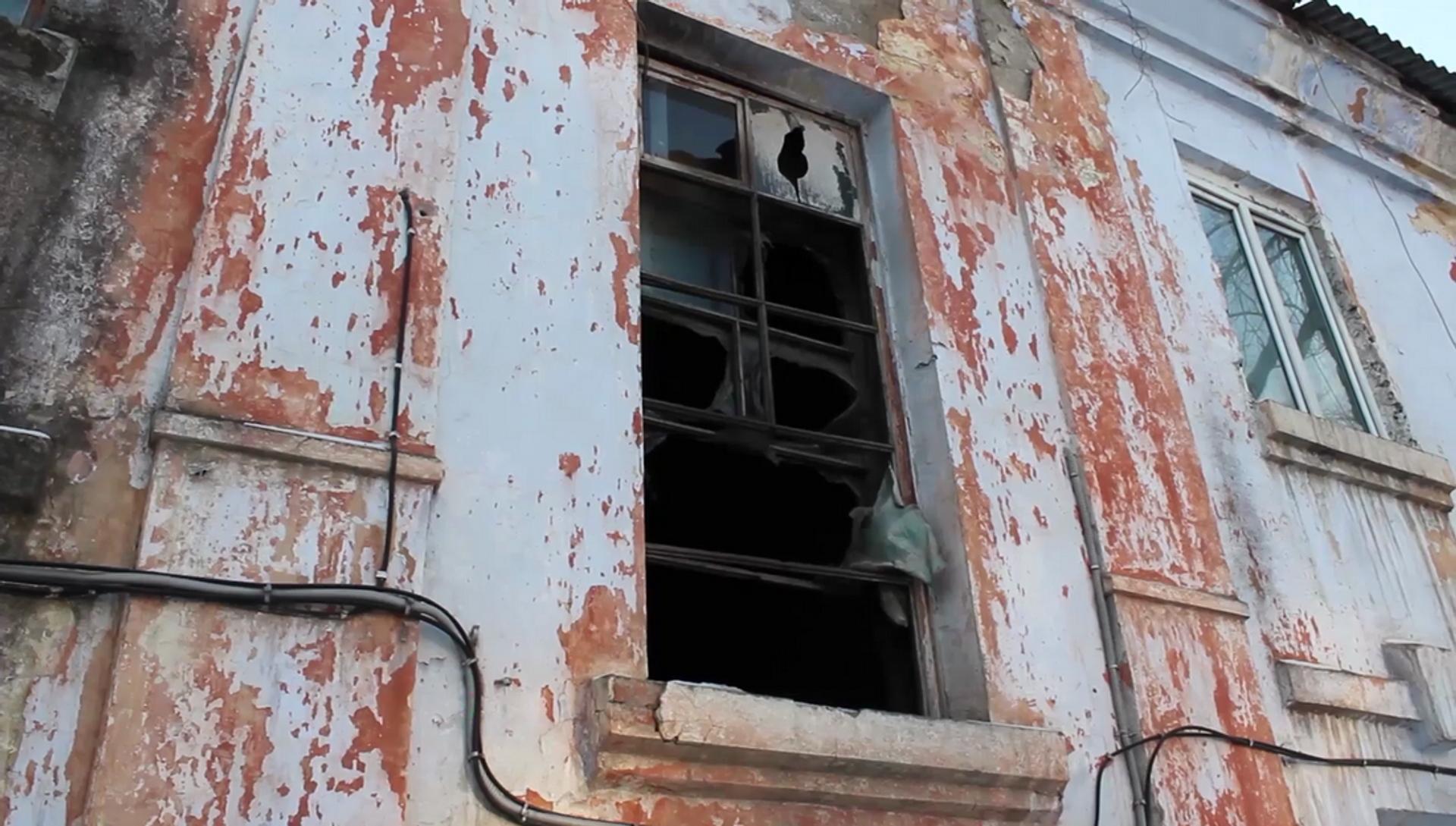 Два сотрудника ДПС в Уссурийске эвакуировали жителей дома, где начался пожар - РИА Новости, 1920, 22.01.2021