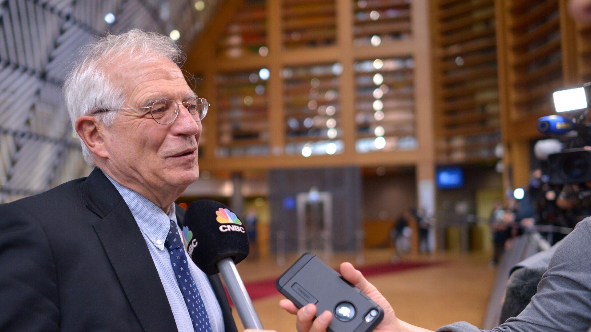 Верховный представитель Евросоюза по иностранным делам и политике безопасности Жозеп Боррель на саммите ЕС в Брюсселе - РИА Новости, 1920, 02.02.2021