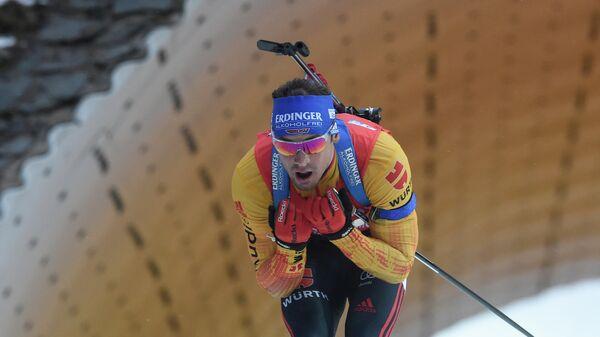 Биатлонист Симон Шемпп (Германия)