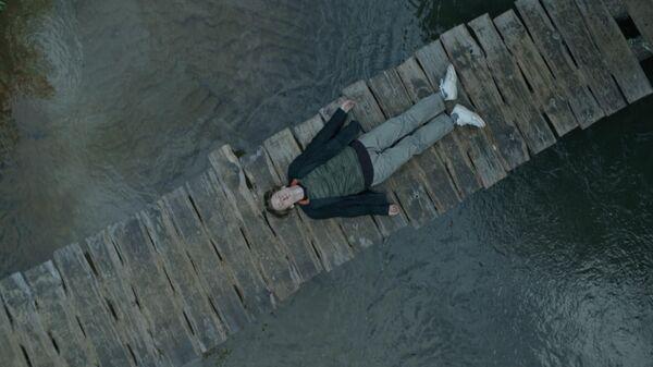 Кадр из сериала Топи