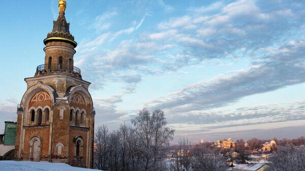 Свечная башня Борисоглебского монастыря в Торжке