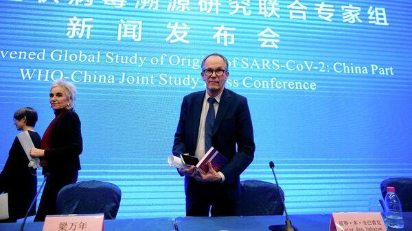 Глава экспертной группы Всемирной организации здравоохранения Питер Бен Эмбарек во время пресс-конференции по итогам визита в Ухань