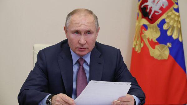 Путин продлил срок госслужбы замглавы МИД Грушко и Богданову