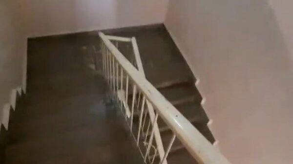 Кадры эвакуации во время землетрясения в Ереване