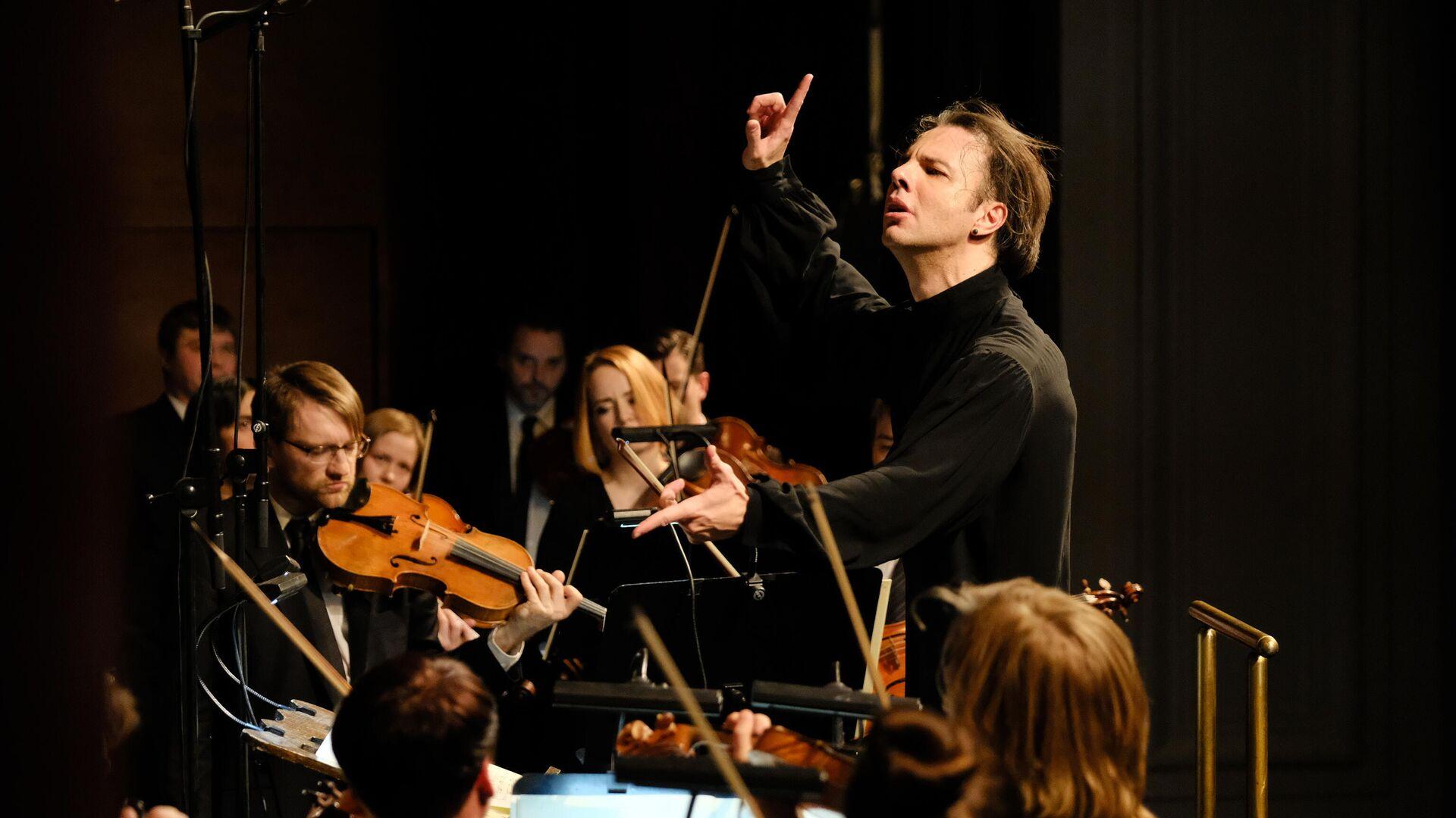 Курентзис представит новую программу musicAeterna в Москве и Петербурге