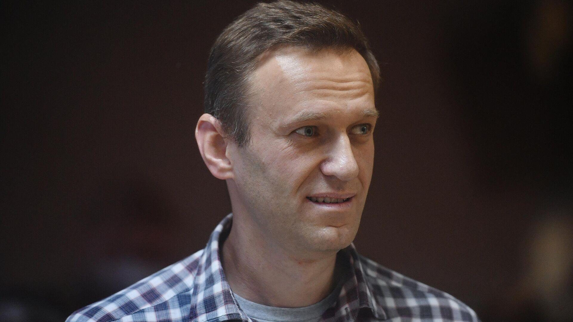 Два из трех исков Навального к колонии оставили без движения