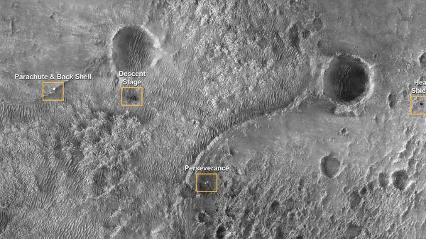 Первое изображение марсохода Perseverance на поверхности Марса с камеры HiRISE. 19 февраля 2021 года