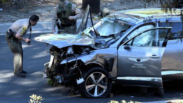 Автомобиль Тайгера Вудса после аварии в Лос-Анджелесе