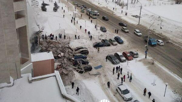 На месте взрыва в 9-этажном доме на Мещерском бульваре в Нижнем Новгороде