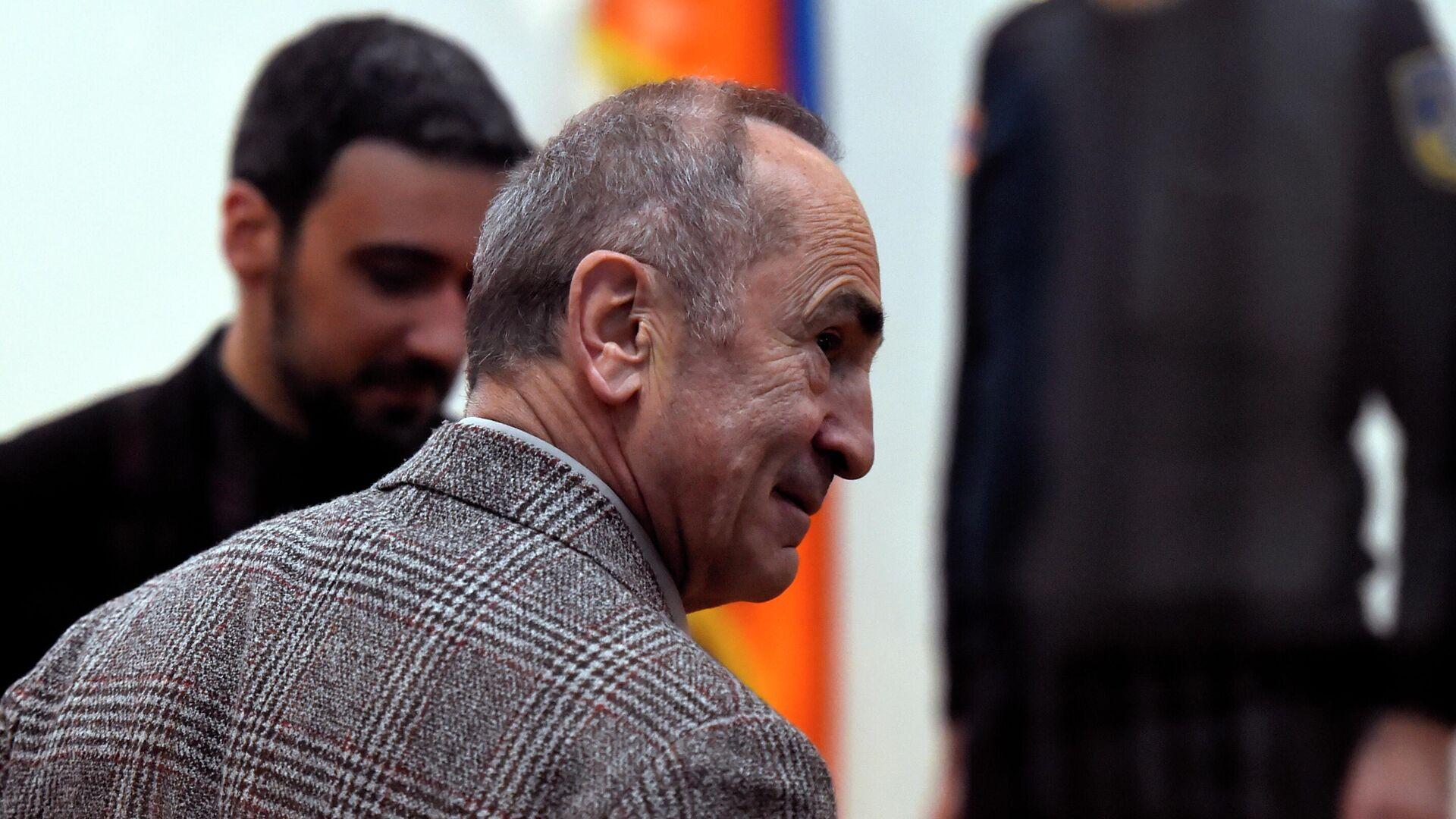 Экс-президент Армении Роберт Кочарян в суде общей юрисдикции Шенгавитского района в Ереване - РИА Новости, 1920, 09.05.2021