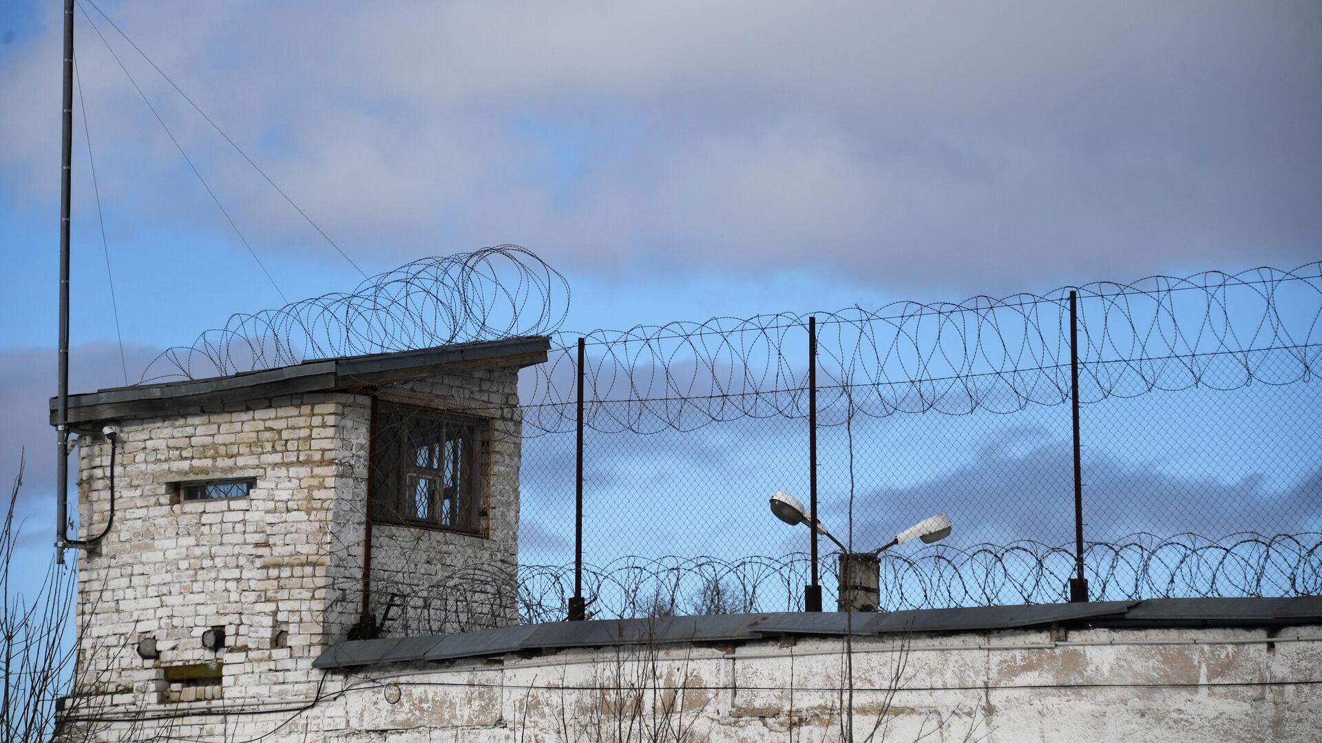 Сотрудники ФСИН смогут выносить предостережения заключенным