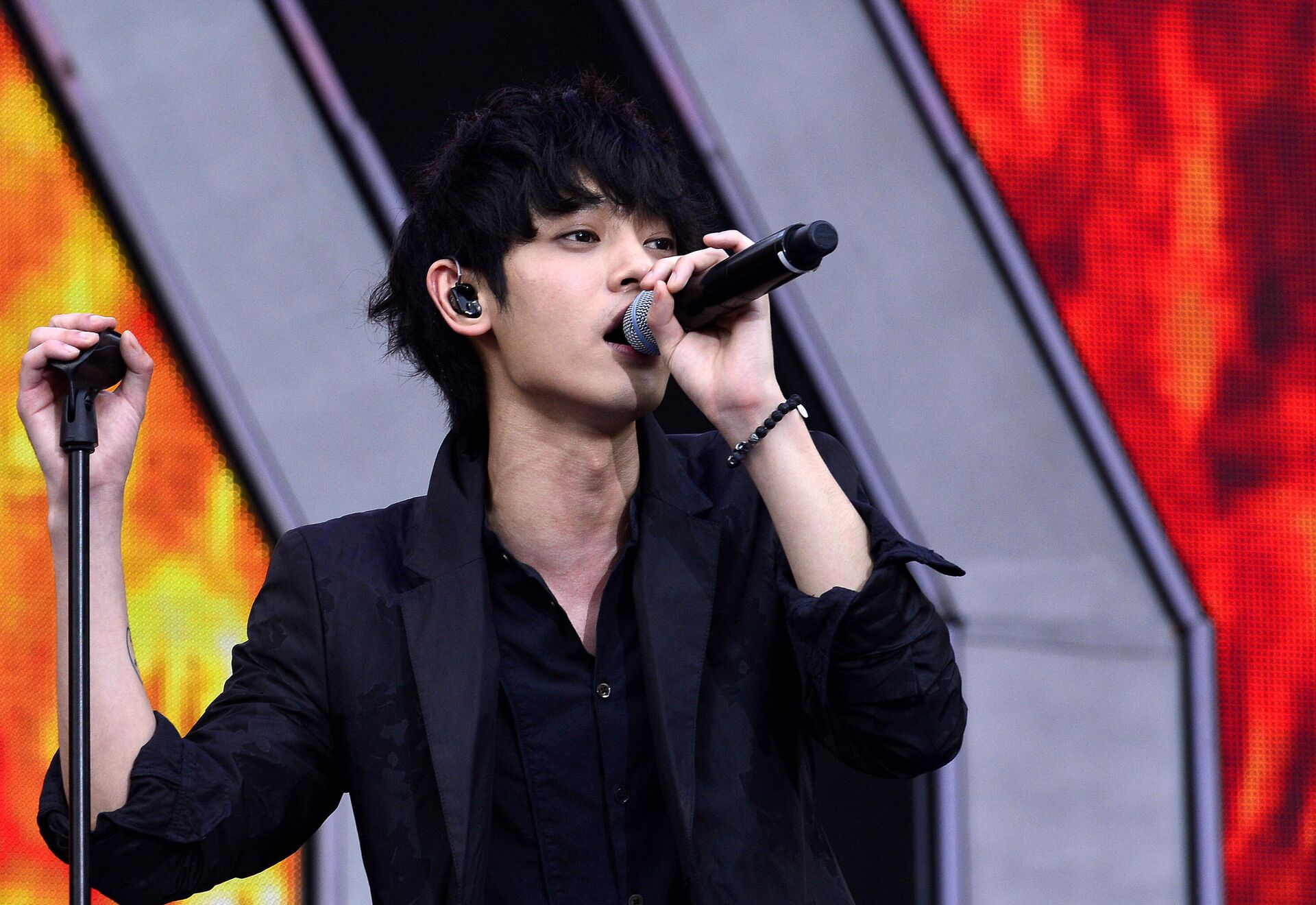 Звезда корейской популярной музыки K-pop Чон Чжун Ён - ПРОФИ Новости, 1920, 05.03.2021
