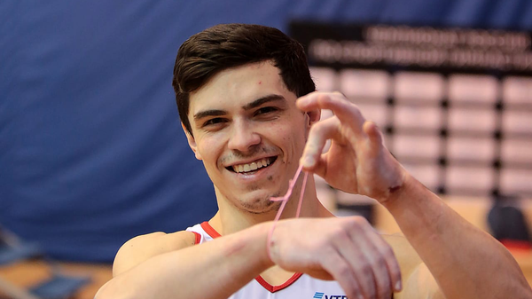 Трехкратный чемпион мира по спортивной гимнастике Артур Далалоян