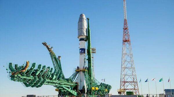 Ракета-носитель Союз-2.1а с разгонным блоком Фрегат на стартовой площадке космодрома Байконур